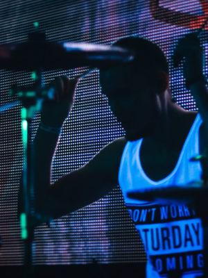 Move the Groove – Latino Funk/Fusion